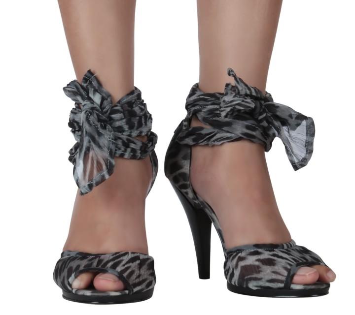 Nine West Grey And Black Animal Print Heels