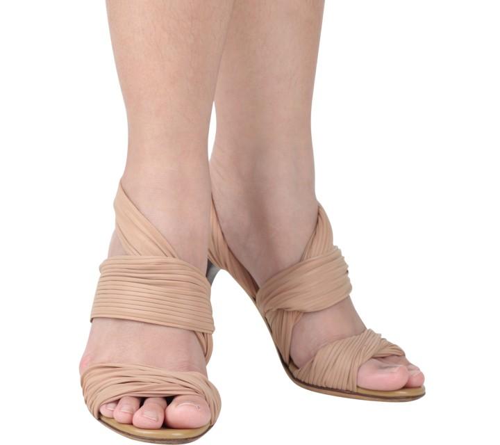 Gucci Nude Ribbon Heels