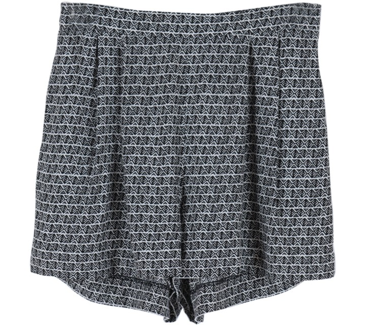 H&M Black and White Tribal Shorts Pants