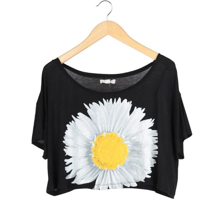 Forever 21 Black Crop T-Shirt