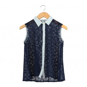 Forever 21 Dark Blue And White Lace Sleeveless