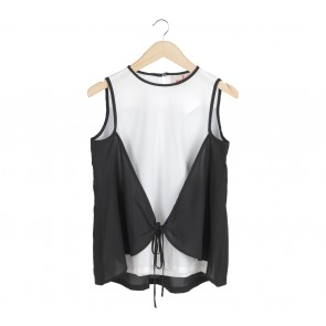 Geulis Black And White Sleeveless