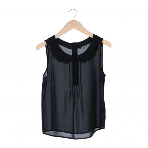 Limited Black Scallop Collar Sleeveless