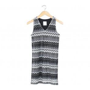 Ciel Multi Colour Zig-Zag Sleeveless Mini Dress