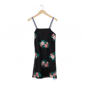Zara Black And Multi Colour Floral Sleeveless Midi Dress