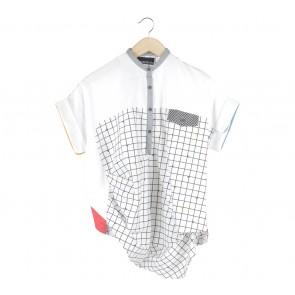 Oline Workrobe Black And White Assymetrical Blouse