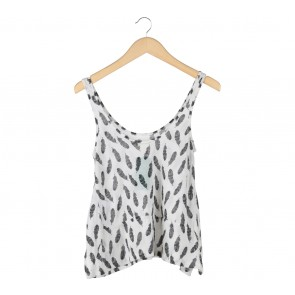 H&M White And Black Patterned Sleeveless