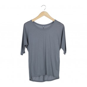 UNIQLO Grey T-Shirt