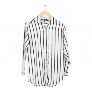 Divided Off White And Black Striped Shirt