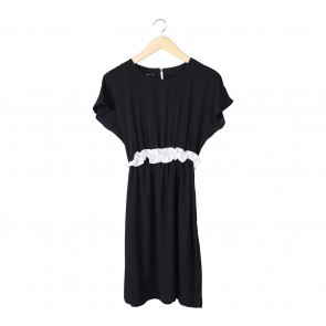 Beste Project Black Ruffles Midi Dress