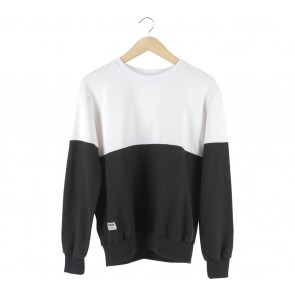 Douche Black And White Sweater