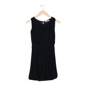 Chic Simple Black Pleated Sleeveless Mini Dress