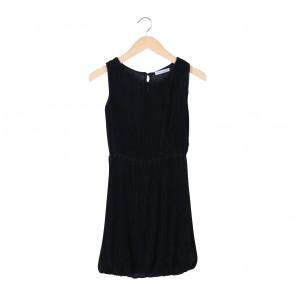 Chic Simple Black Pleated Sleeveless Mini Dress