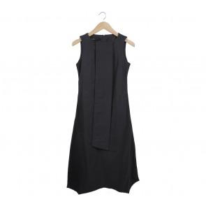 Marlan Dark Grey Midi Dress
