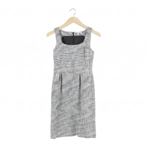 Banana Republic Black And White Sleeveless Midi Dress