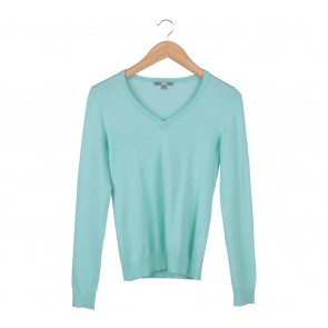 UNIQLO Green Sweater