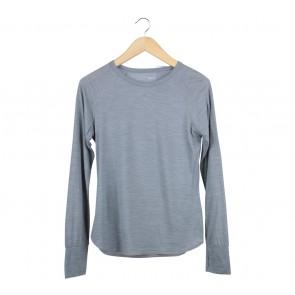 UNIQLO Grey T-Shirt