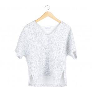 Zara White And Grey Textured T-Shirt