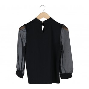 The Stylish Black Blouse