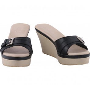 Andre Valentino Black And Cream Wedges