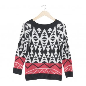 Cloth Inc Black And White Knit Sweater