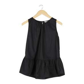 Stitched Black Sleeveless