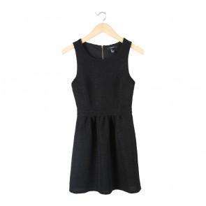Forever 21 Black Textured Mini Dress