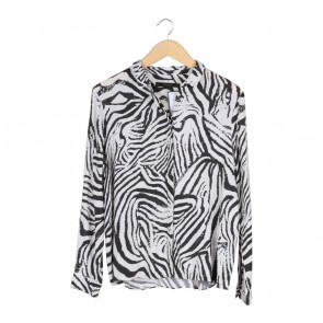 Zara Black And White Animal Print Shirt