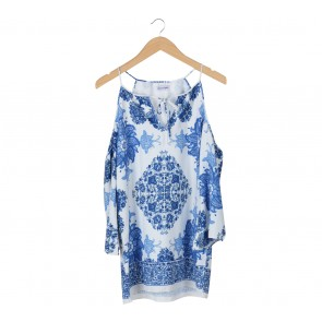 Chocochips White And Blue Floral Off Shoulder Blouse