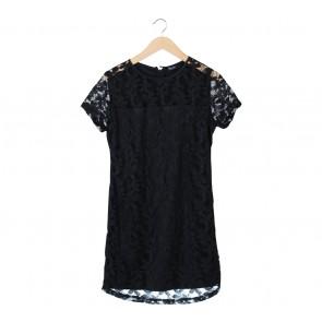 Puricia Black Lace Mini Dress