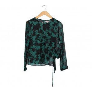 Forever 21 Black And Green Floral Tied Blouse
