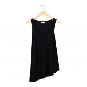 (X)SML Black Sleeveless Mini Dress