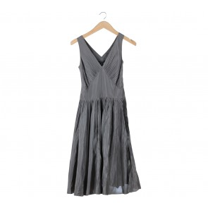 Banana Republic Grey Sleeveless Midi Dress