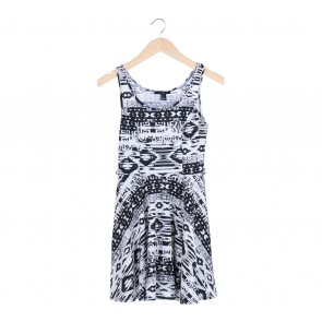 Forever 21   Multi Colour Black and White pattern Mini Dress