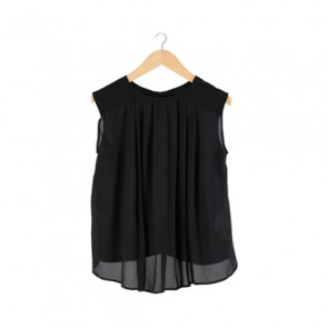Black Front Zip Sleeveless Blouse