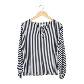 Dot Dtails Black And White Striped Blouse