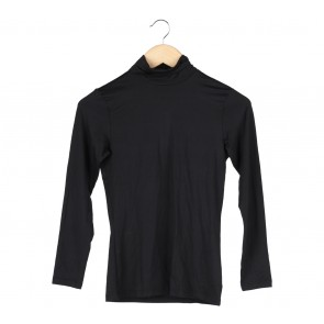 UNIQLO Black Heat Tech T-Shirt