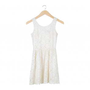 Cloth Inc Cream Lace Sleeveless Mini Dress