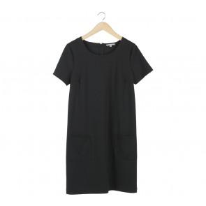 GAP Black Midi Dress