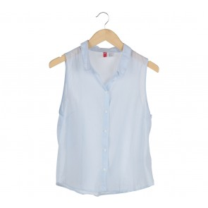 Divided Blue Sleeveless Shirt
