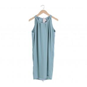 Shop At Velvet Green Ribbon Sleeveless Midi Dress