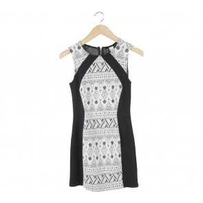 Divided Black And White Aztec Sleeveless Mini Dress