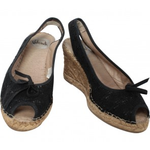 Vidorreta Black Wedges
