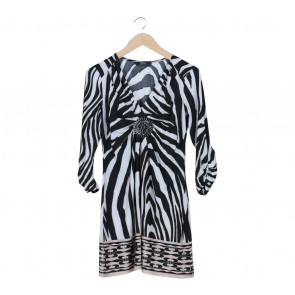 Star by Julienmacdonald Black And White Mini Dress