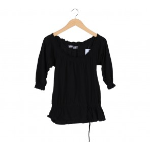 Zara Black Low Cut Blouse