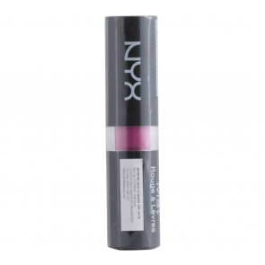 NYX  Matte Lipstick Shocking Pink Lips