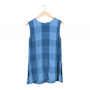 Petite Cupcake   Blue Plaid Sleeveless Blouse