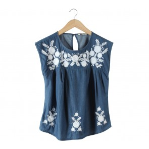 Mango Blue And White Floral Embroidery Sleeveless