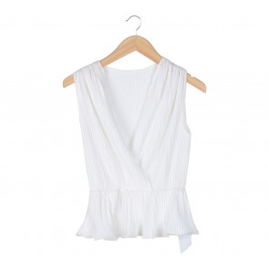 Chocochips Off White Pleated Sleeveless