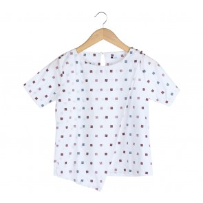 Dot Dtails White Blouse